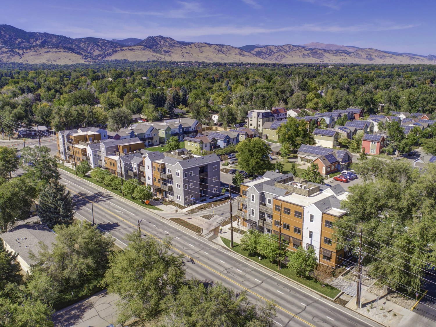 Canopy at Red Oak Park - Affordable Apartments Boulder